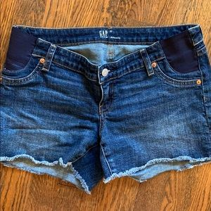 Gap maternity Jean shorts